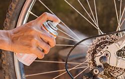 自転車のオイルも!頑固な機械油のシミ抜き方法
