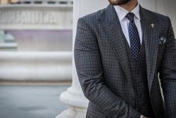 イギリスvsイタリア、それぞれの国のスーツの違いとは?