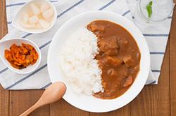 落ちにくい食べ物汚れ代表「カレー」のシミ抜き方法とは!?