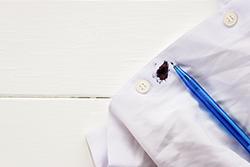 油性インクのシミ抜きには除光液・クレンジングオイルが効果的?