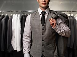 スーツスタイルをもっとお洒落に! ベストの着こなしの基本