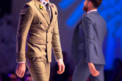 2019年春のスーツのトレンドは? 素材や柄、色をチェック!