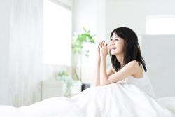 暑い夜でも快適に眠りたい! 夏におすすめの羽毛布団とはどんなもの?
